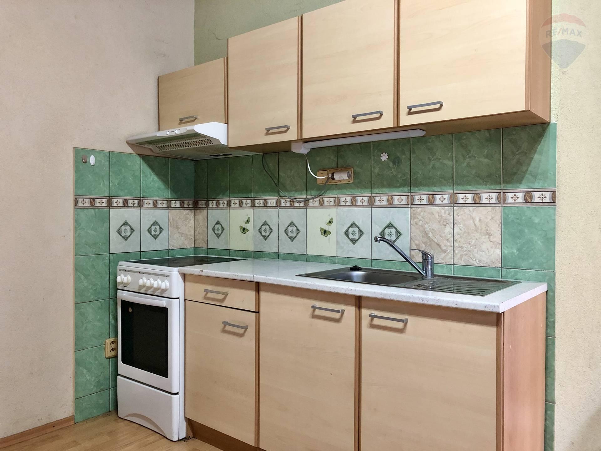 Predaj nájomného domu 150 m2, Topoľčany -