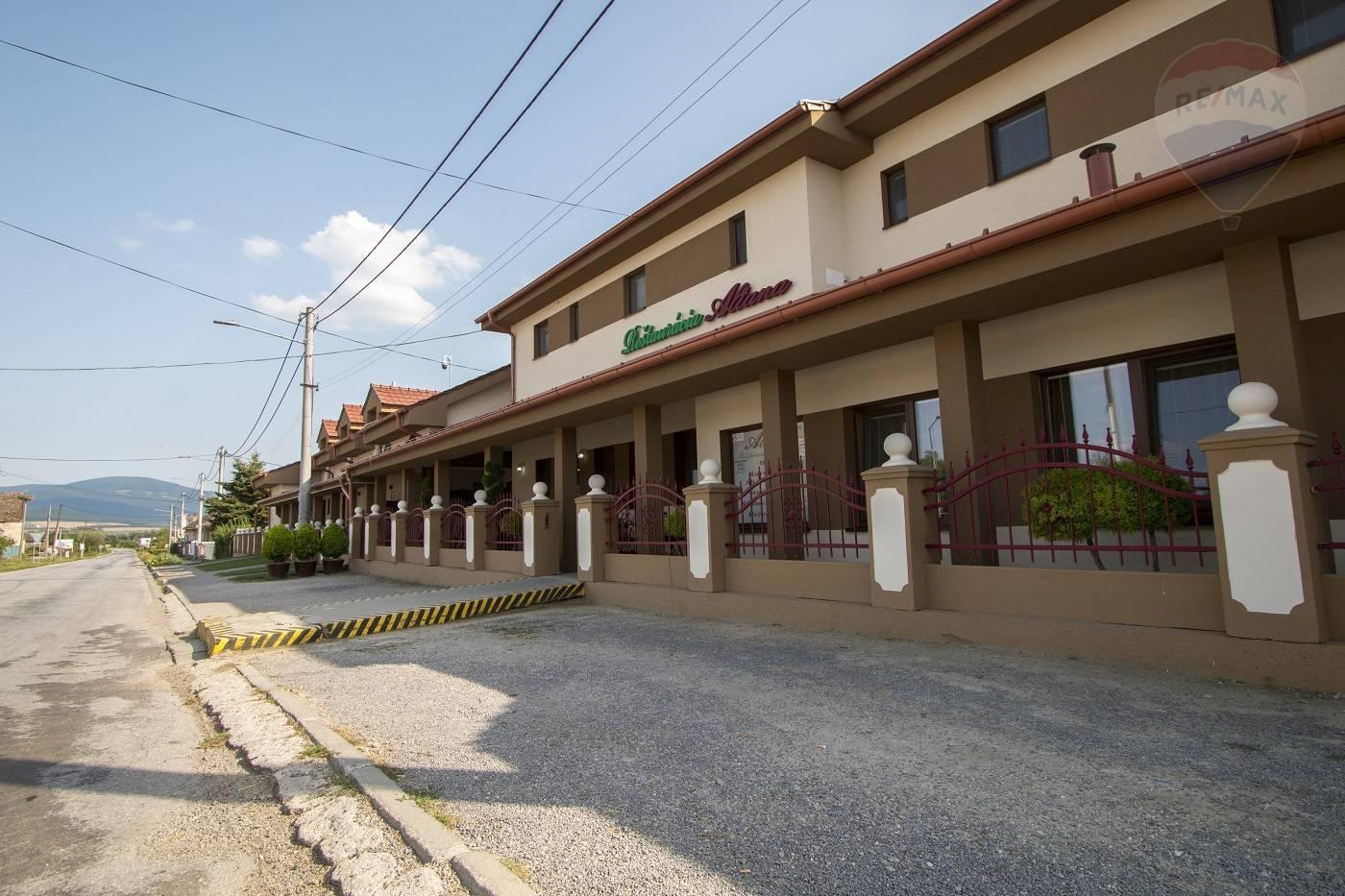 PRENAJMEM- reštauráciu a penzión, ALTANA