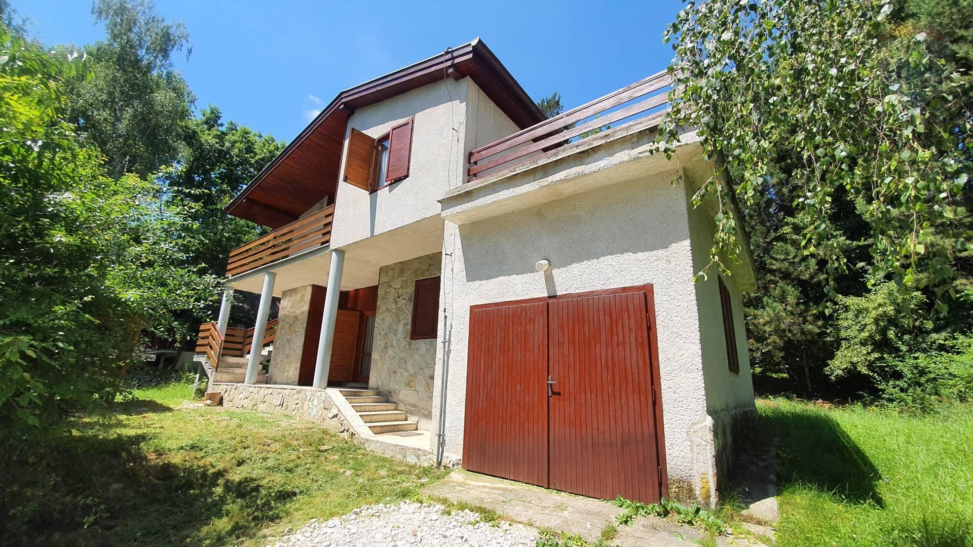 Predáj - murovaná chata Duchonka, tiché prostredie,