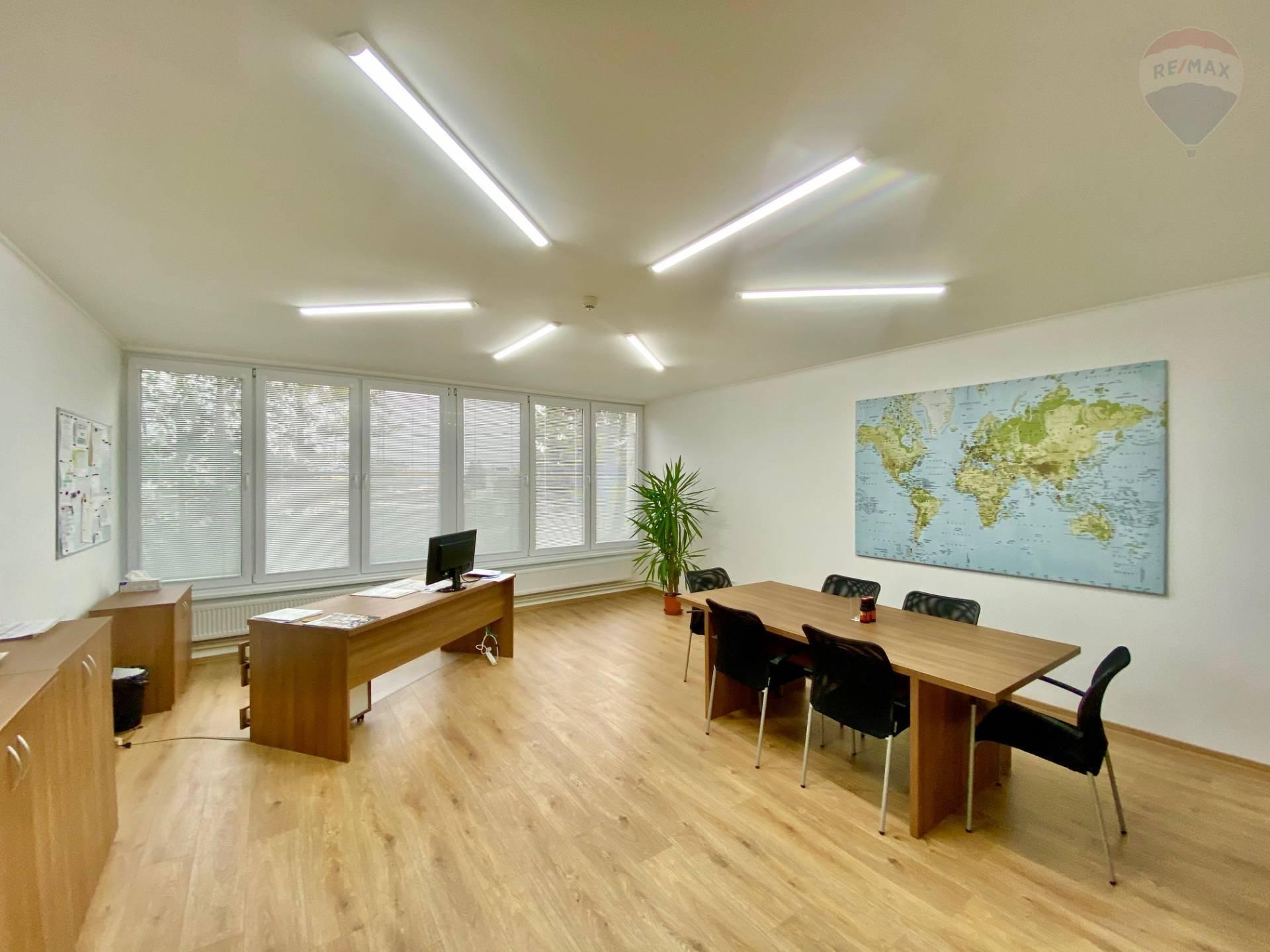 Na prenájom zariadené kancelárske priestory - sídlo firmy v komerčnej zóne mesta Topoľčany