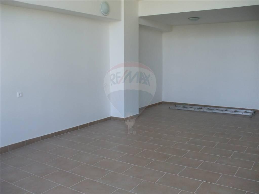 Prenájom komerčného priestoru 950 m2, Banská Bystrica - Obchodný priestor