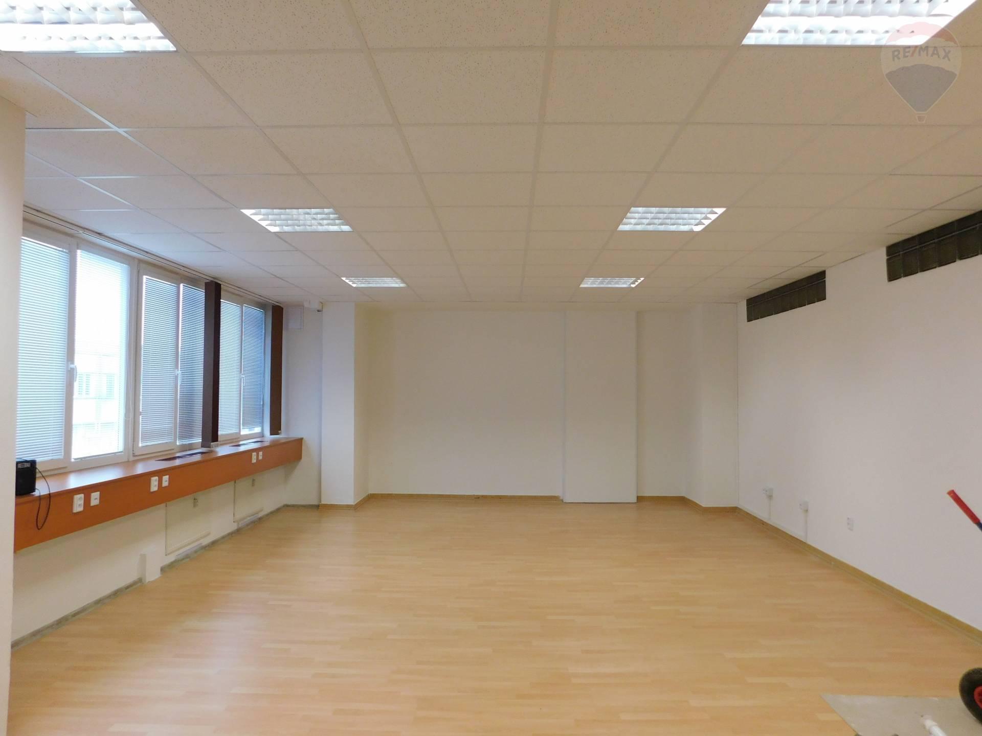 Prenájom kancelárskeho priestoru v Banskej Bystrici