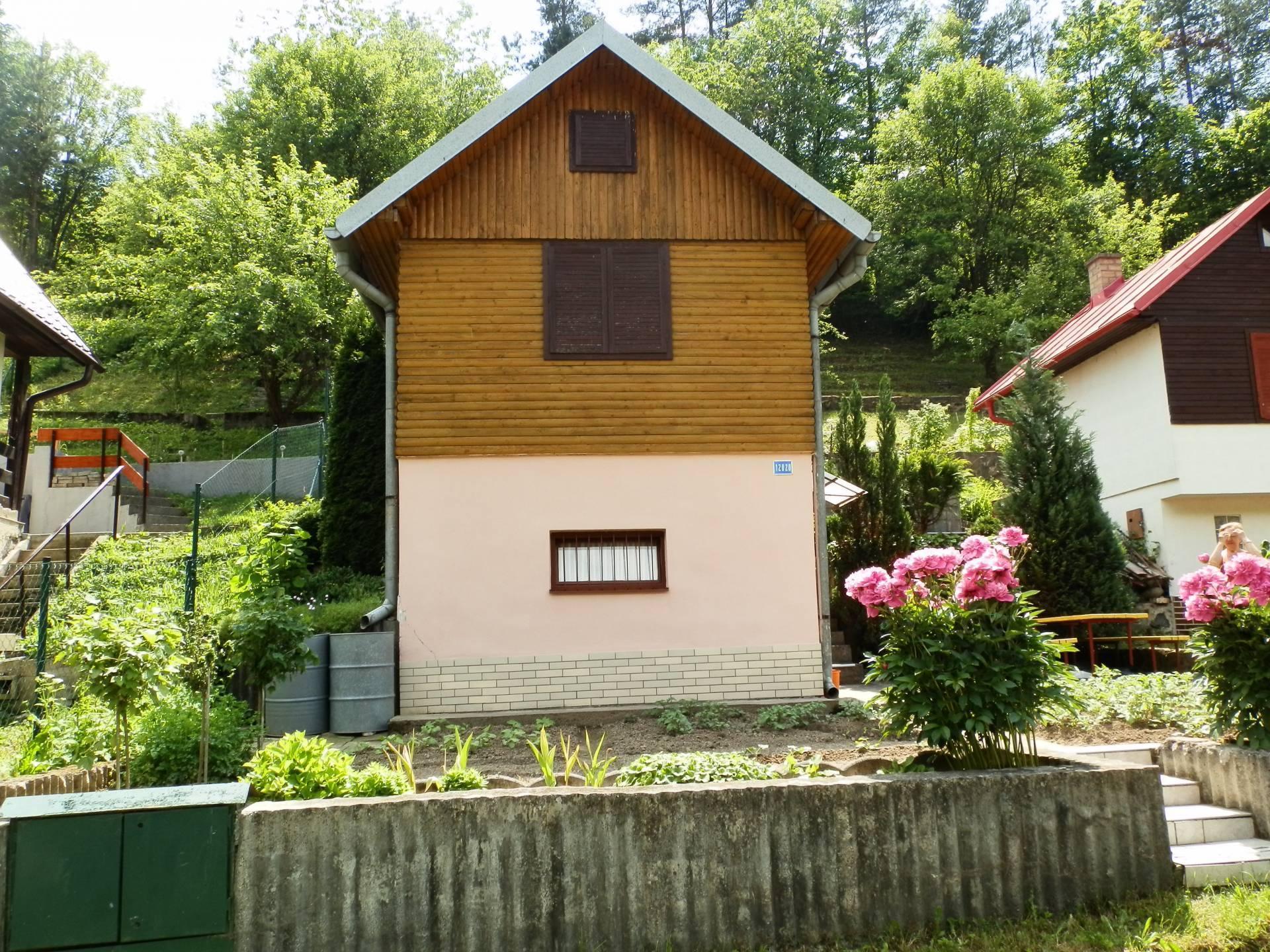 Predaj chaty 40 m2, Banská Bystrica -
