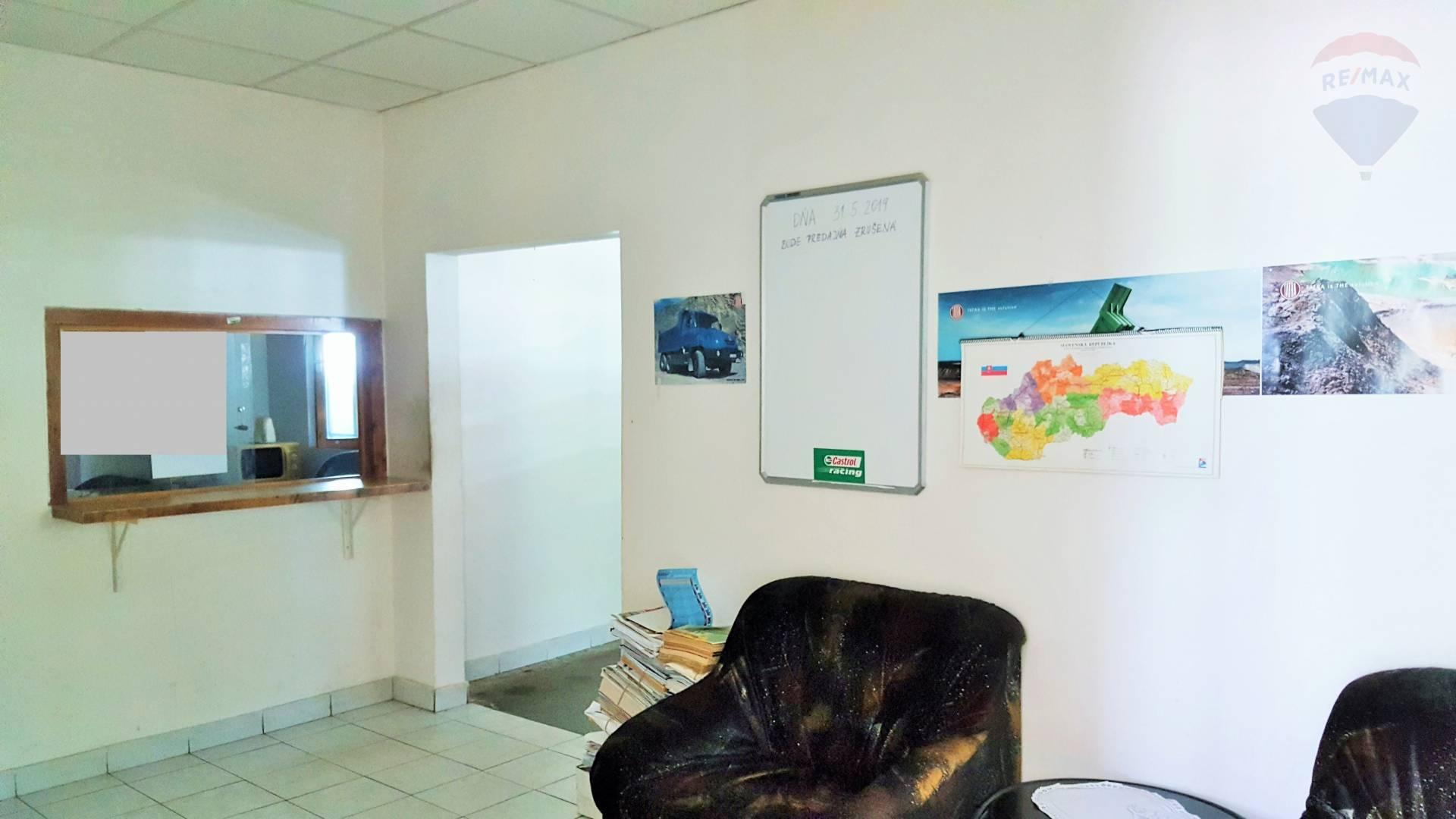 Skladové priestory+kancelárie na prenájom-Zvolenská cesta
