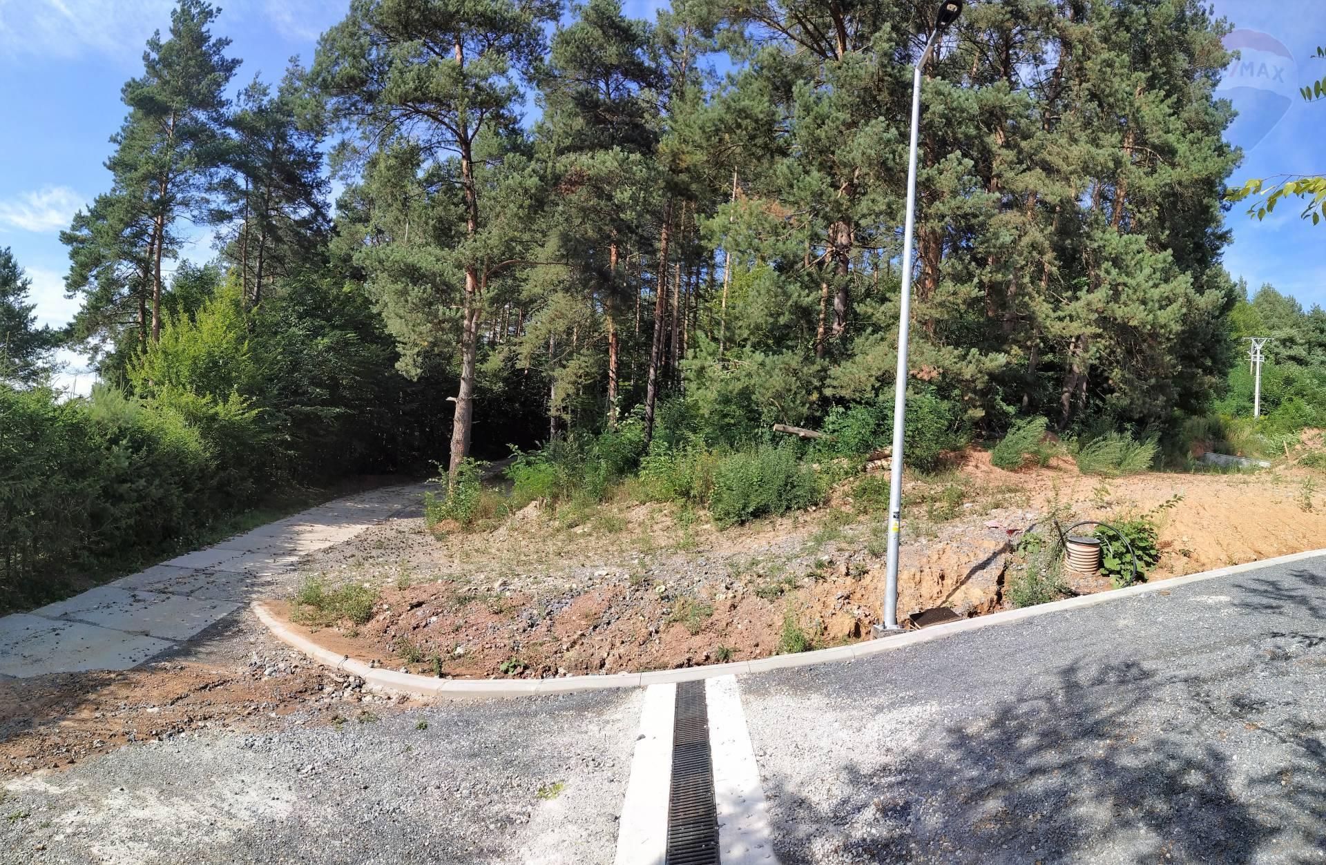 Na predaj stavebný pozemok v obci Brusno.