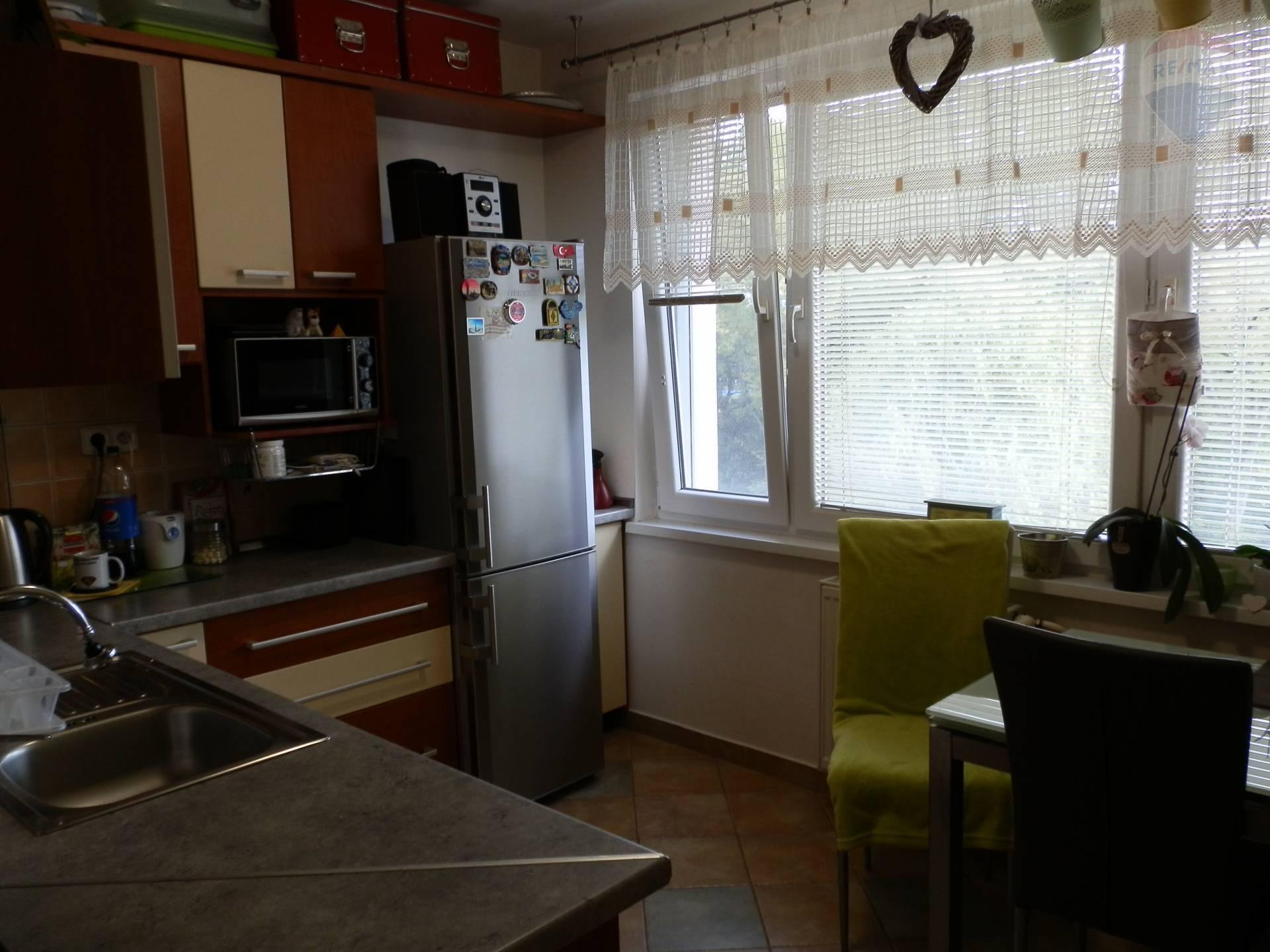 Predaj bytu (2 izbový) 61 m2, Banská Bystrica -