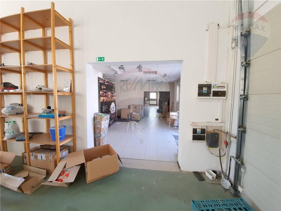 Prenájom komerčného objektu 311 m2, Banská Bystrica -