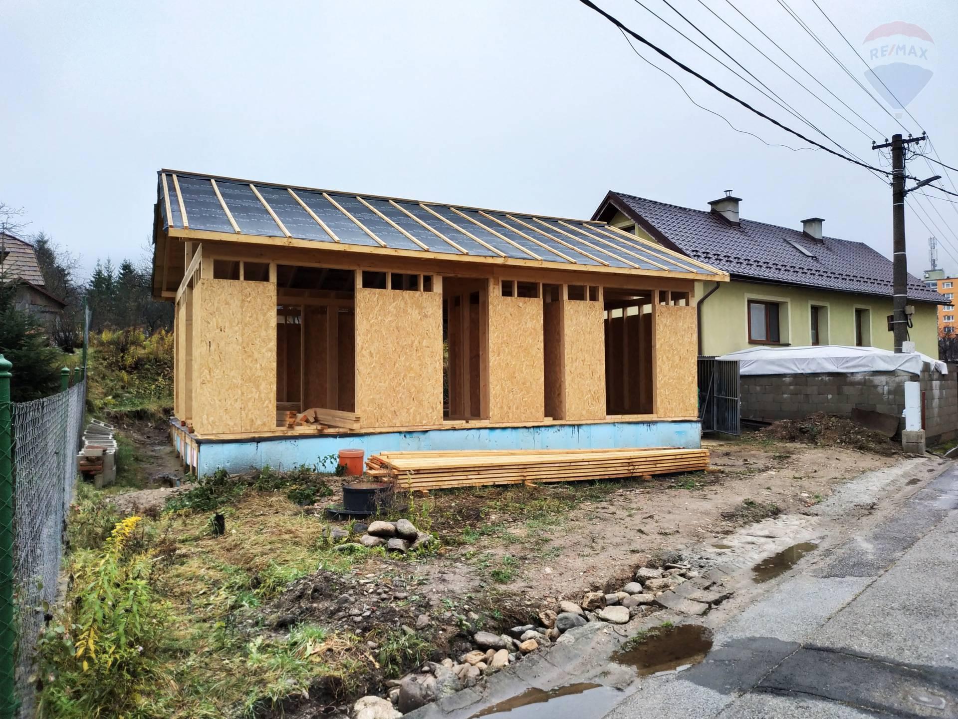 Na predaj rozostavaný dom v Podbrezovej.