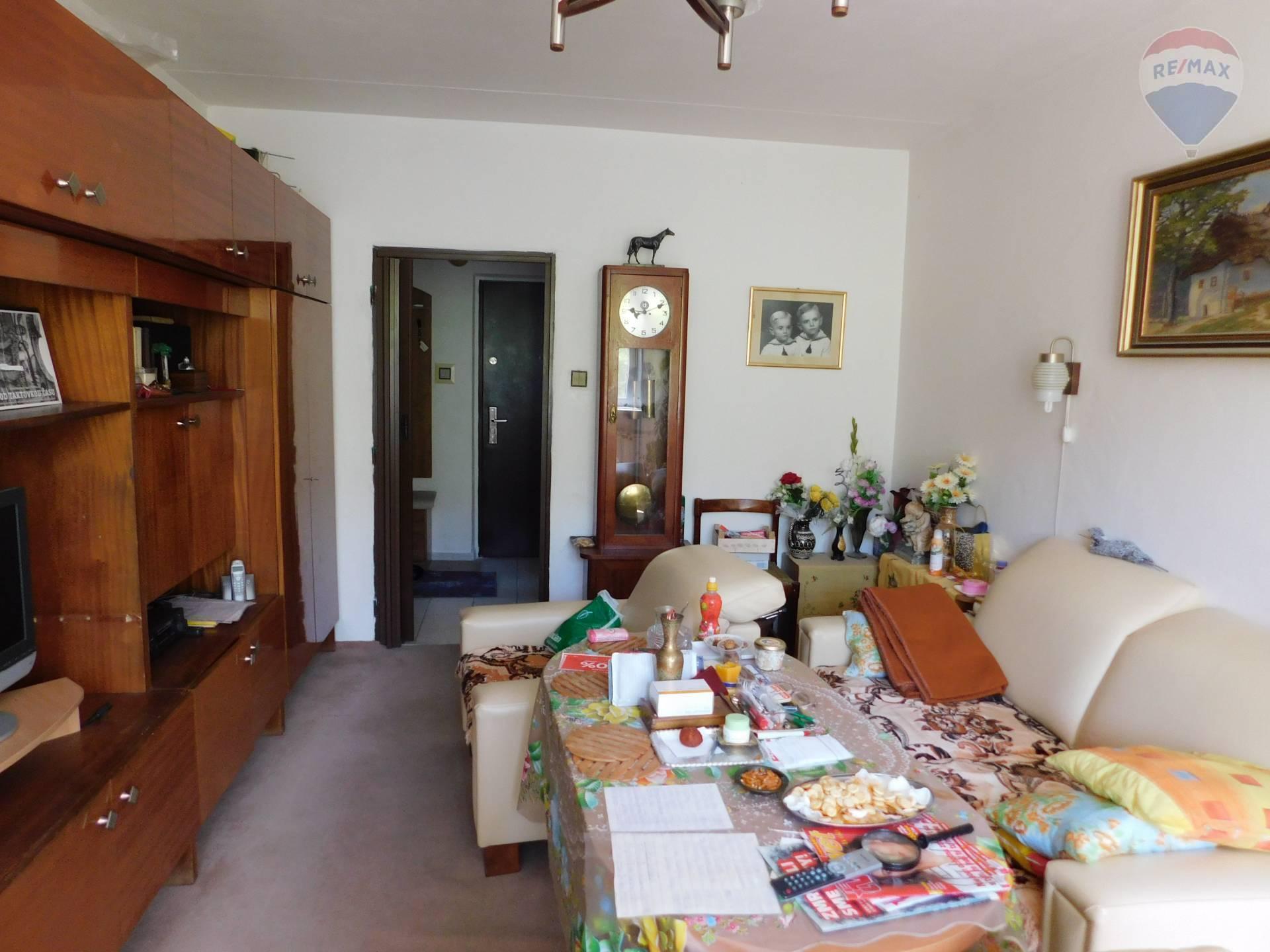 Predaj bytu (3 izbový) 79 m2, Banská Bystrica - Izba