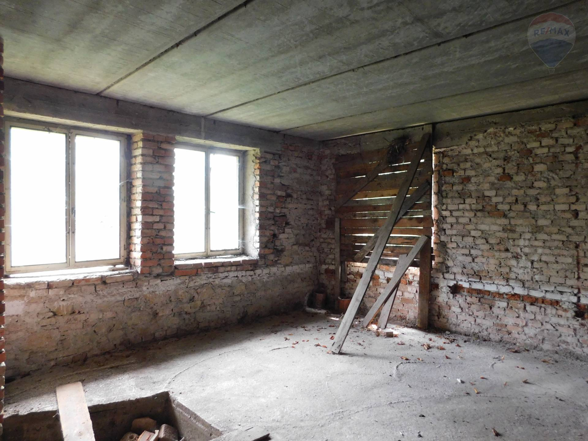 Predaj domu 400 m2, Banská Bystrica - Izba