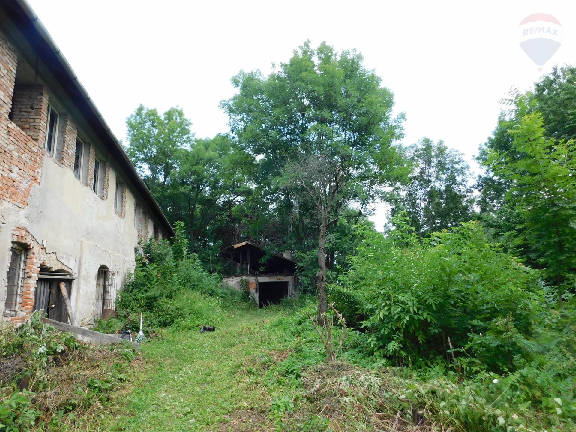 Predaj domu 400 m2, Banská Bystrica - Pozemok