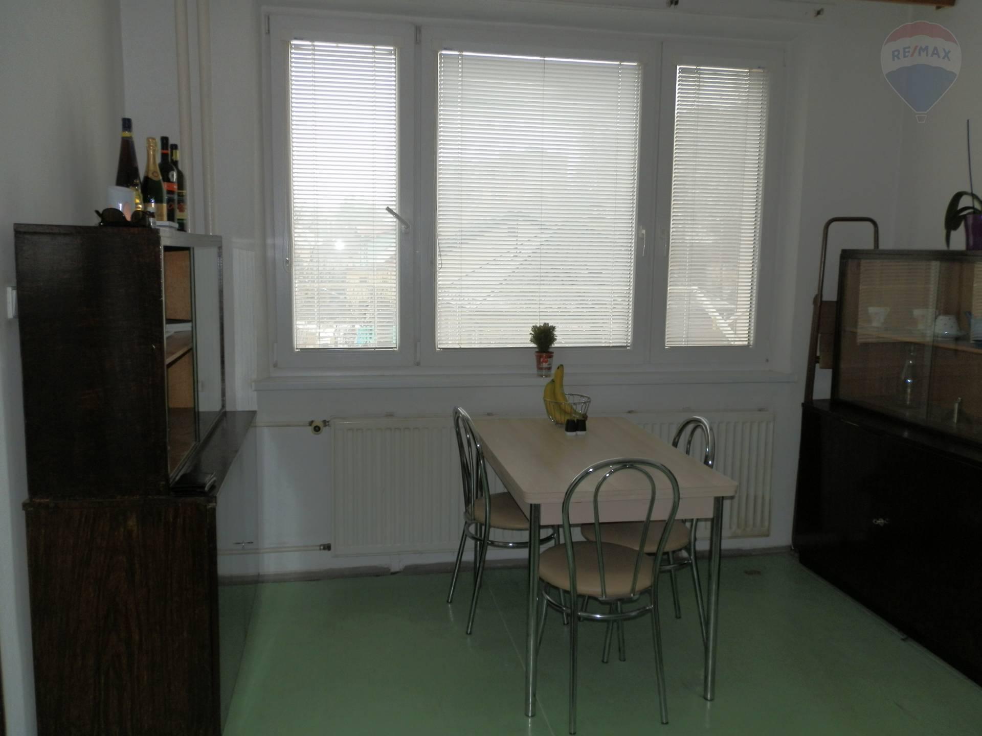 PRENÁJOM - 1 izbového bytu - Radvaň, Banská Bystrica