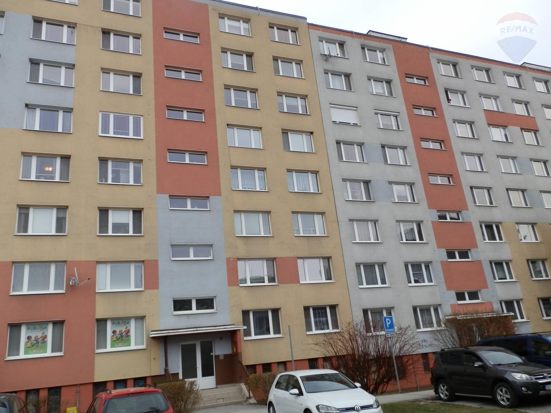 PREDAJ 3 izbového bytu - Radvaň, Banská Bystrica