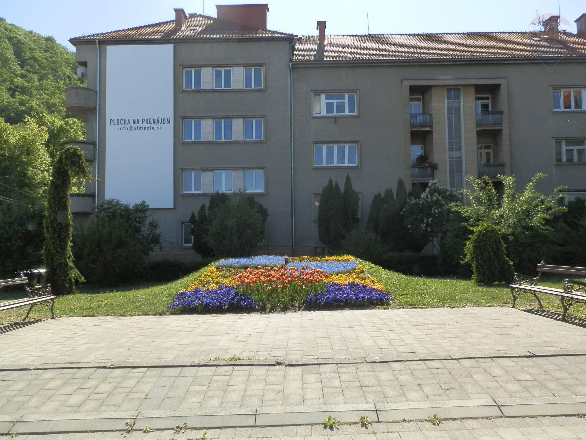 PREDAJ- 4 izbový byt v centre mesta Banská Bystrica