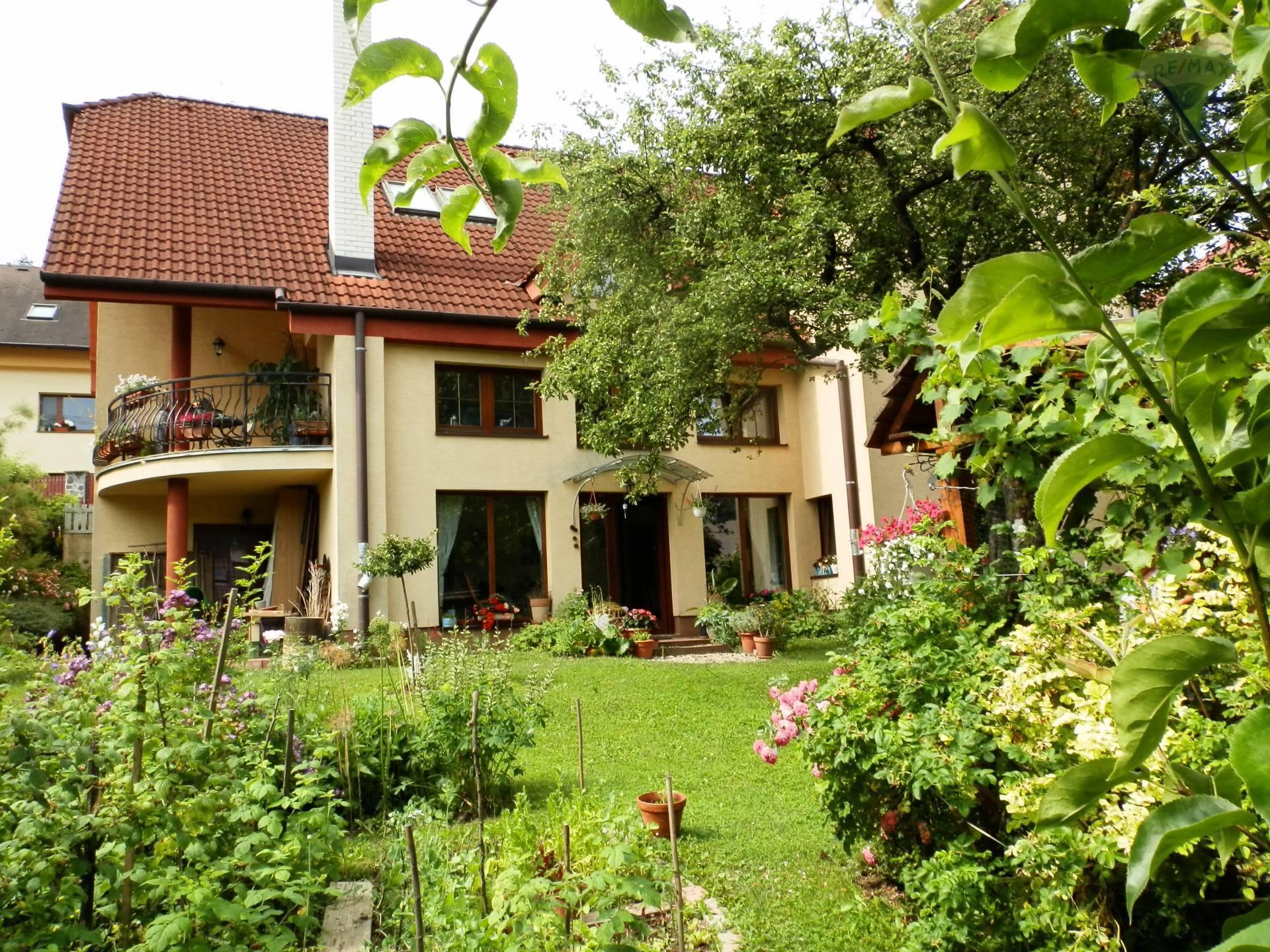PREDAJ - rodinného domu - Podlavice, Banská Bystrica