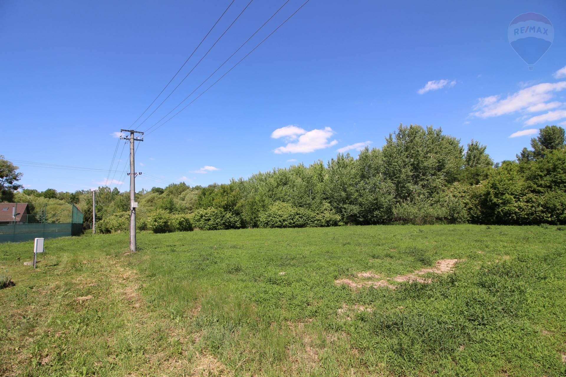 Predaj: Stavebné pozemky pri Dunaji, Gabčíkovo, okres Dunajská Streda