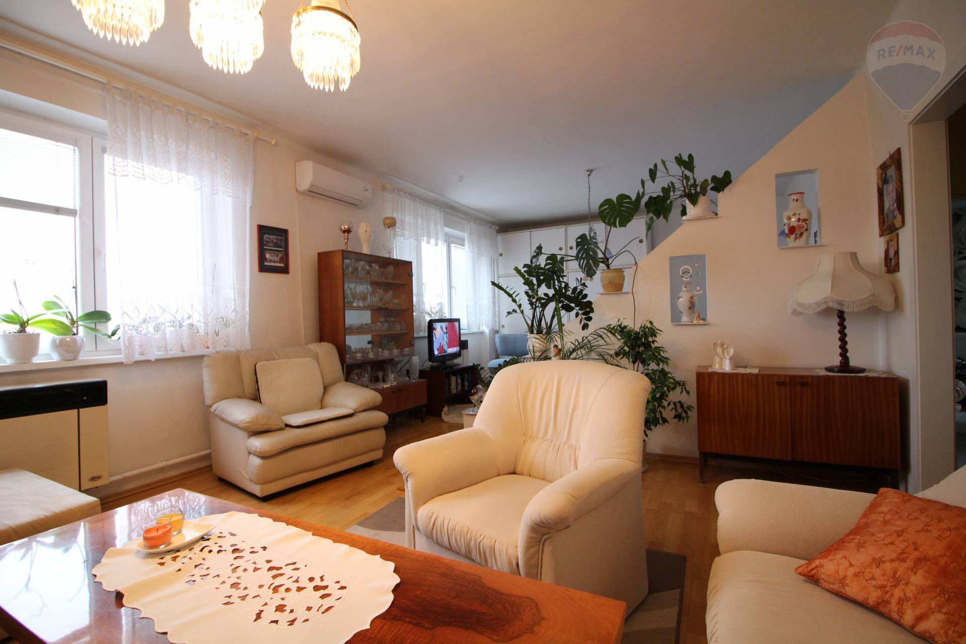 Predaj bytu (3 izbový) 67 m2, Gabčíkovo -