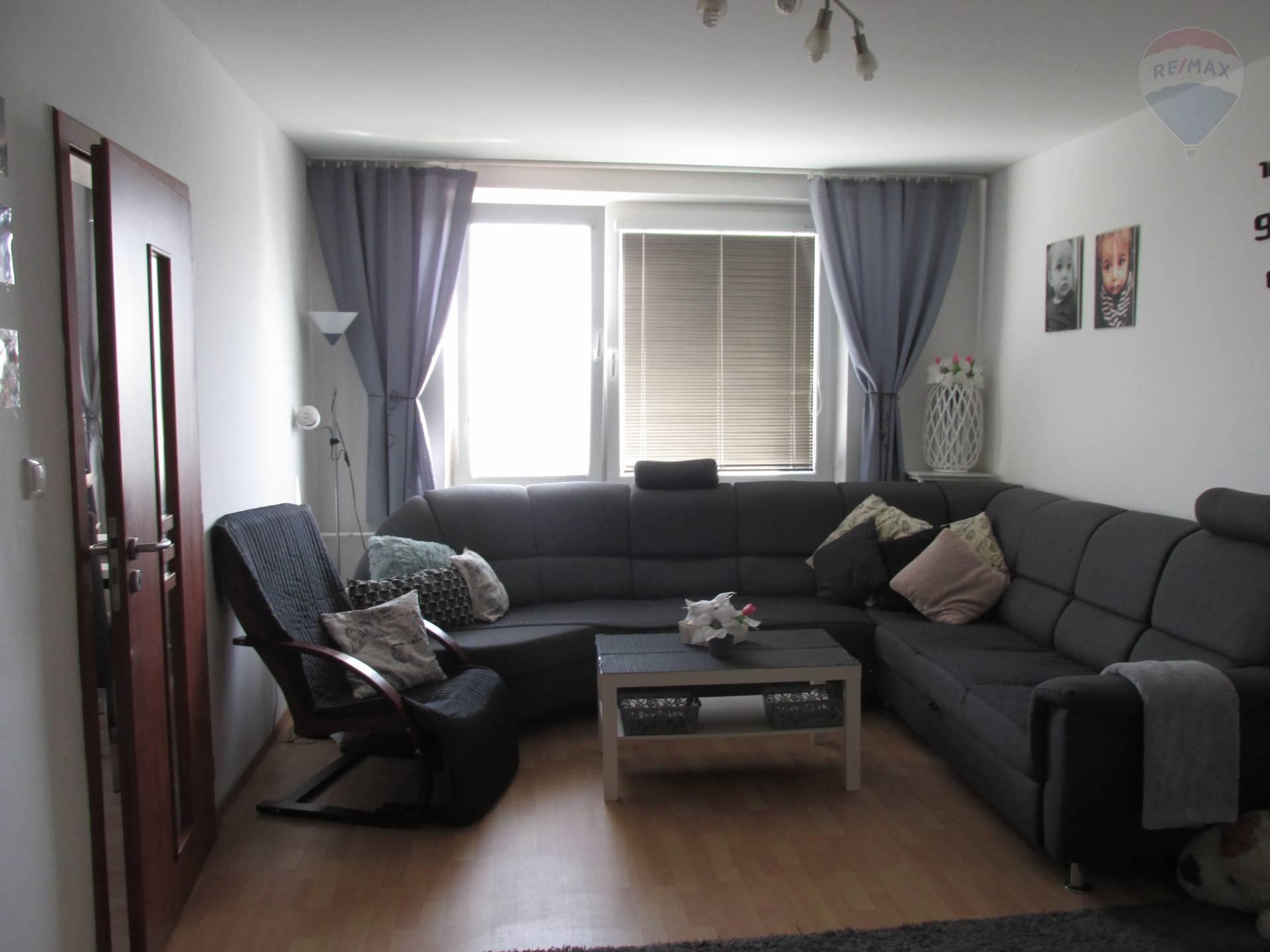 Predaj: TOP PONUKA! Pekný 3 izbový byt, 72 m2, Galanta, štvrť SNP v blízkosti nákupných centier.