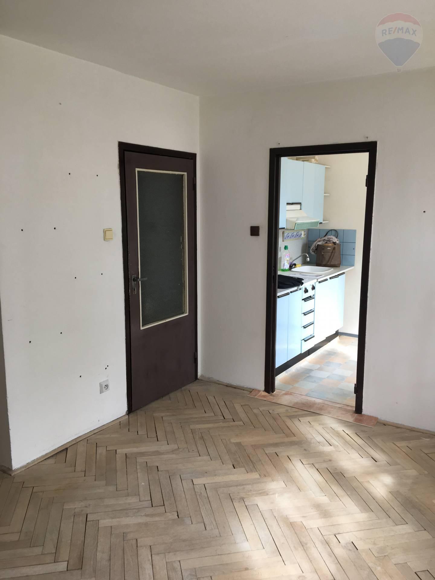 Predaj bytu (1 izbový) 28 m2, Dunajská Streda -