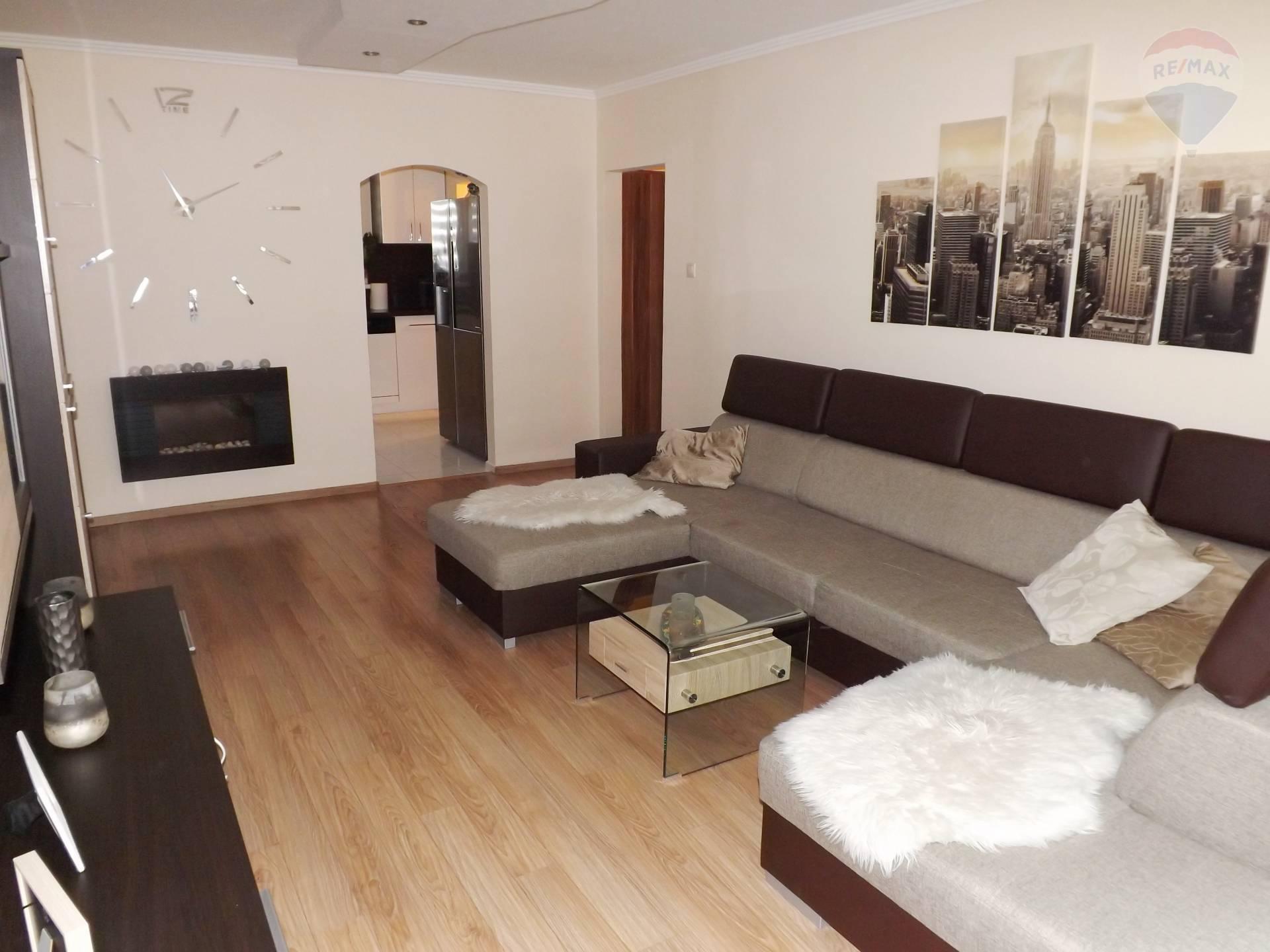 Na predaj 3 izbový byt, 66 m2, loggia, kompletná rekonštrukcia, Veľký Meder