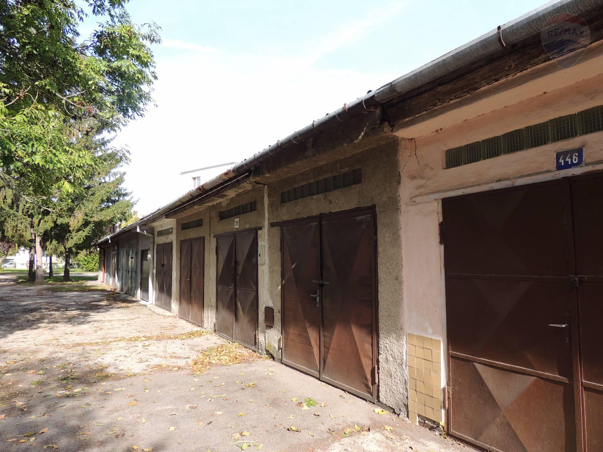 Predaj garáže 18 m2, Dunajská Streda -