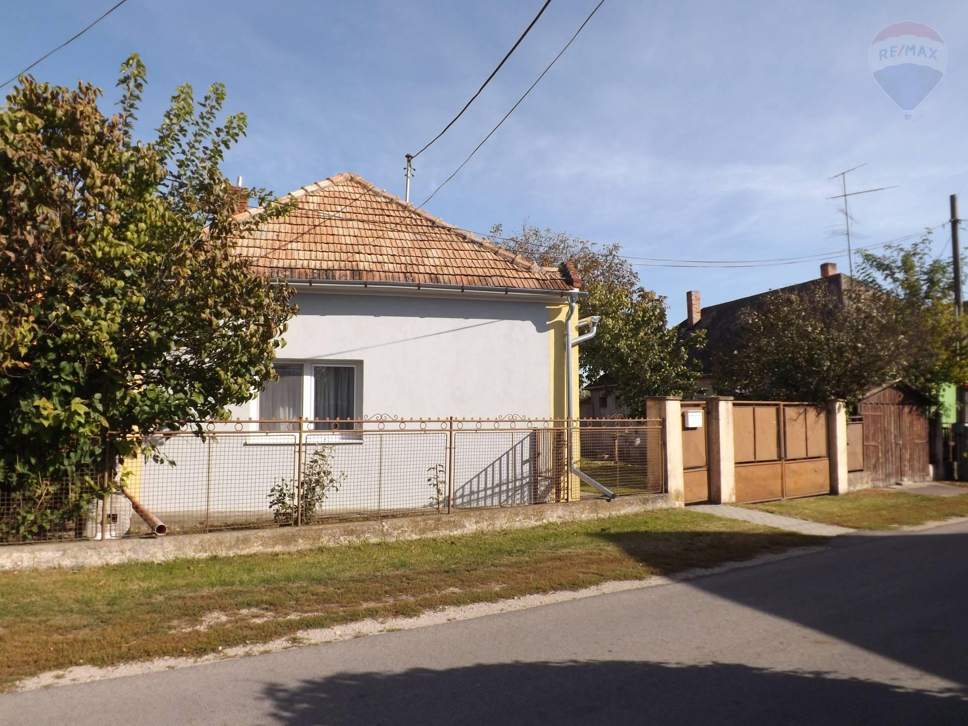 Na predaj rodinný dom, prístavba, pozemok 1017 m2, po rekonštrukcii, Veľký Meder_Ižop