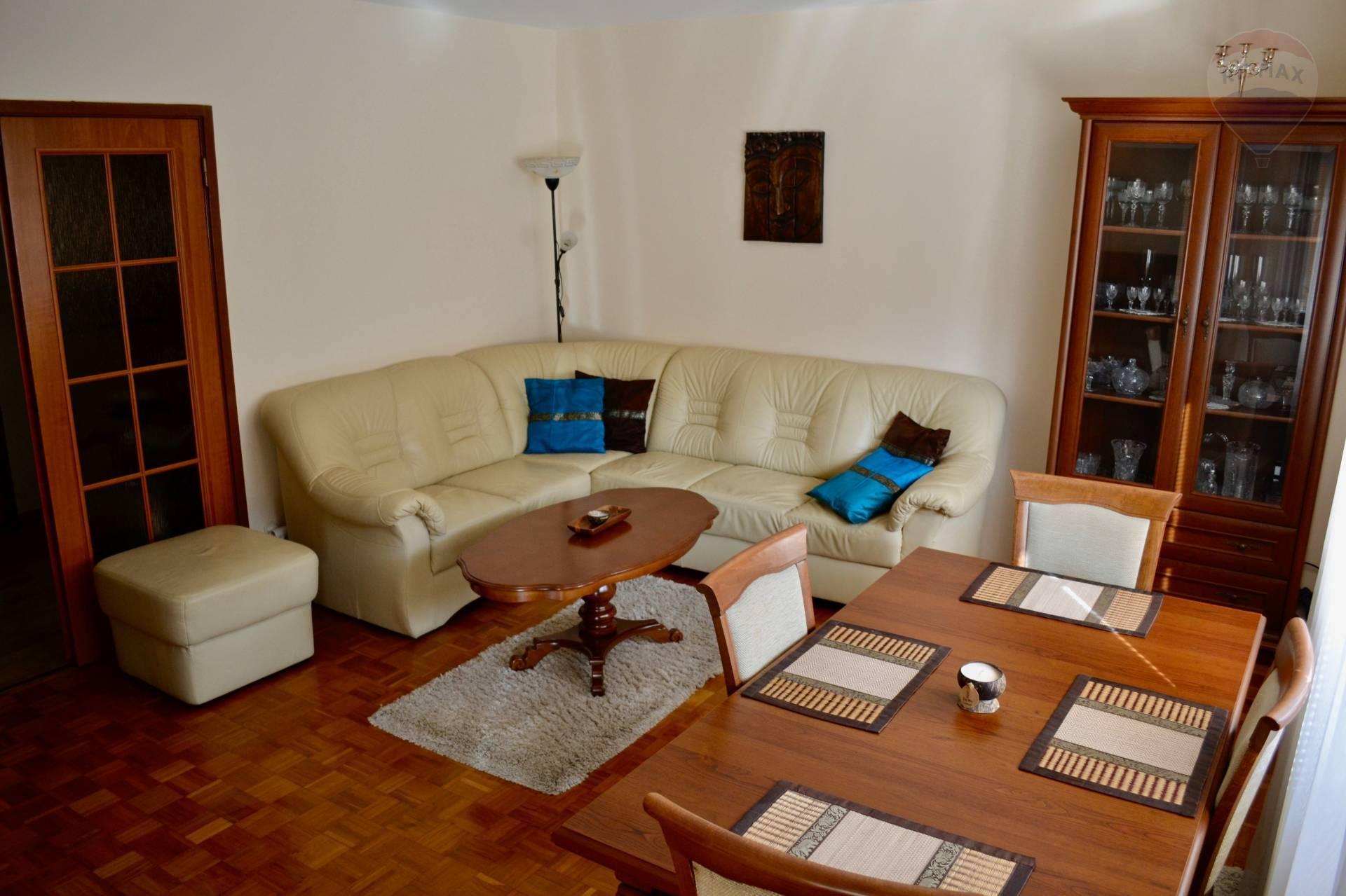 Na prenájom: zariadený 3 izbový byt, centrum, Dunajská Streda