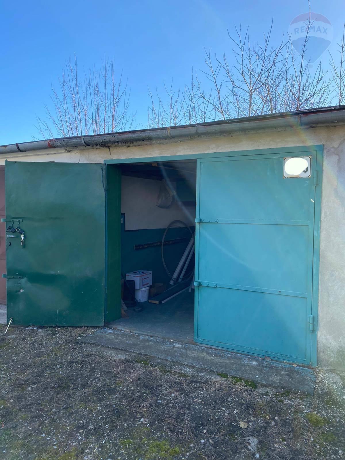 Na predaj: garáž, Dunajská Streda, sever