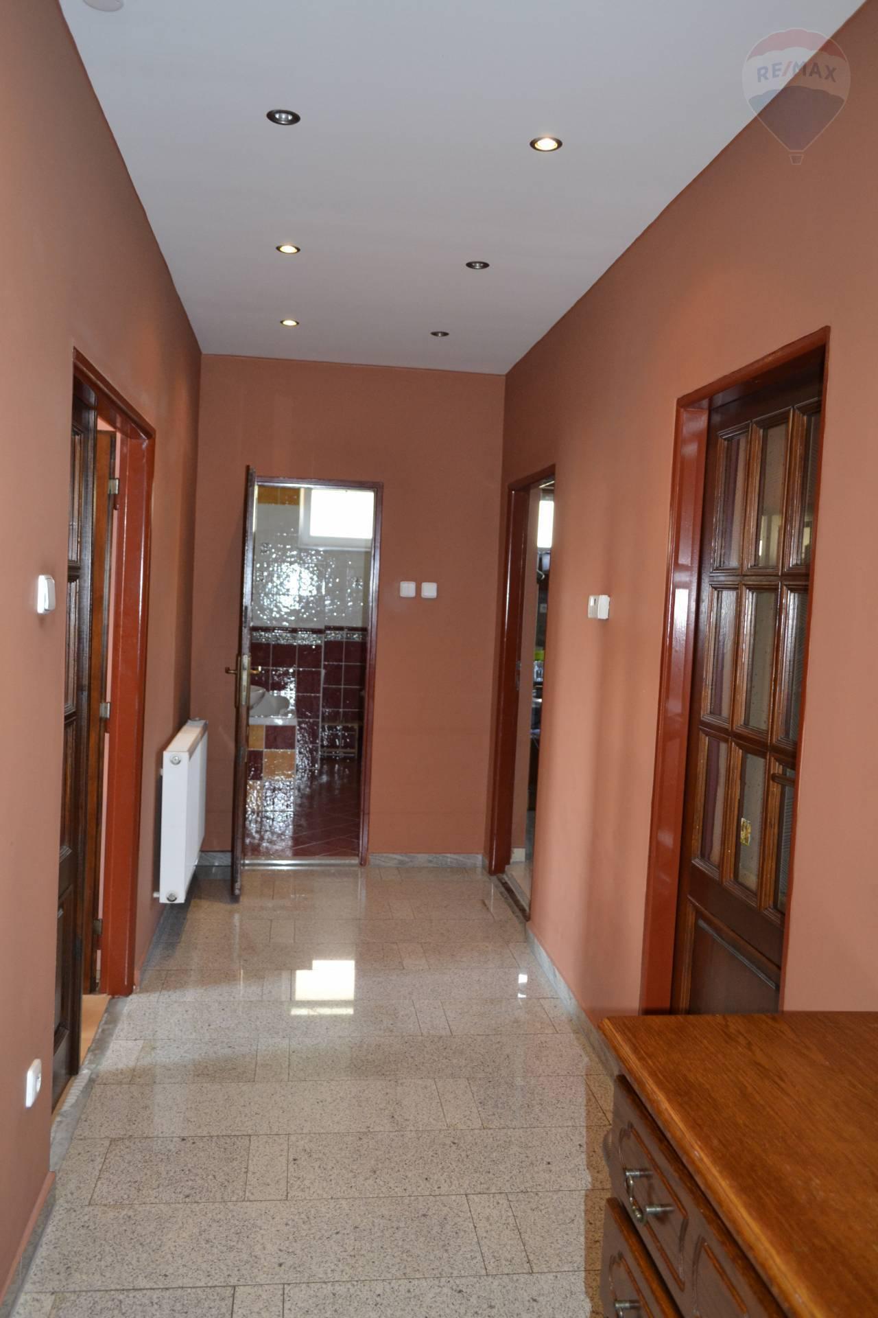 Predaj domu 300 m2, Dunajská Streda -