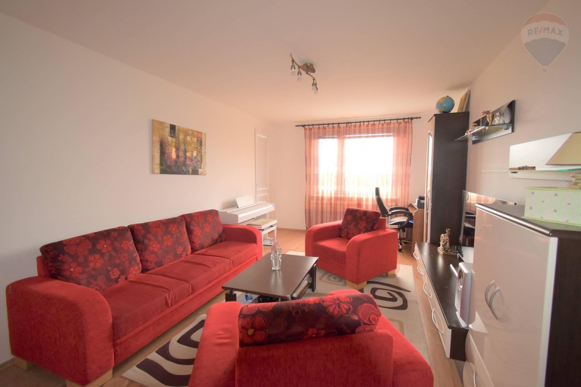 Predaj: 3 izbový byt, Dunajská Streda, 70 m2, Rybný trh, čiastočná rekonštrukcia