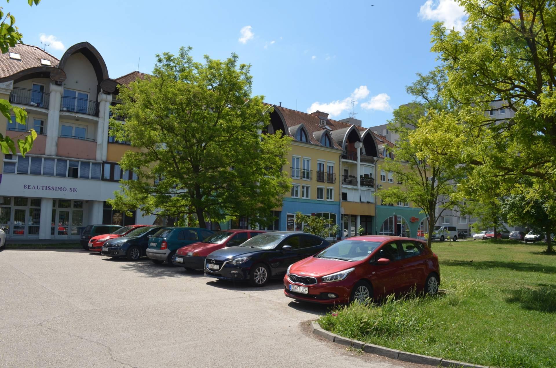 na predaj priestranný 4 izbový byt s 2.podlažím v Dunajskej Strede