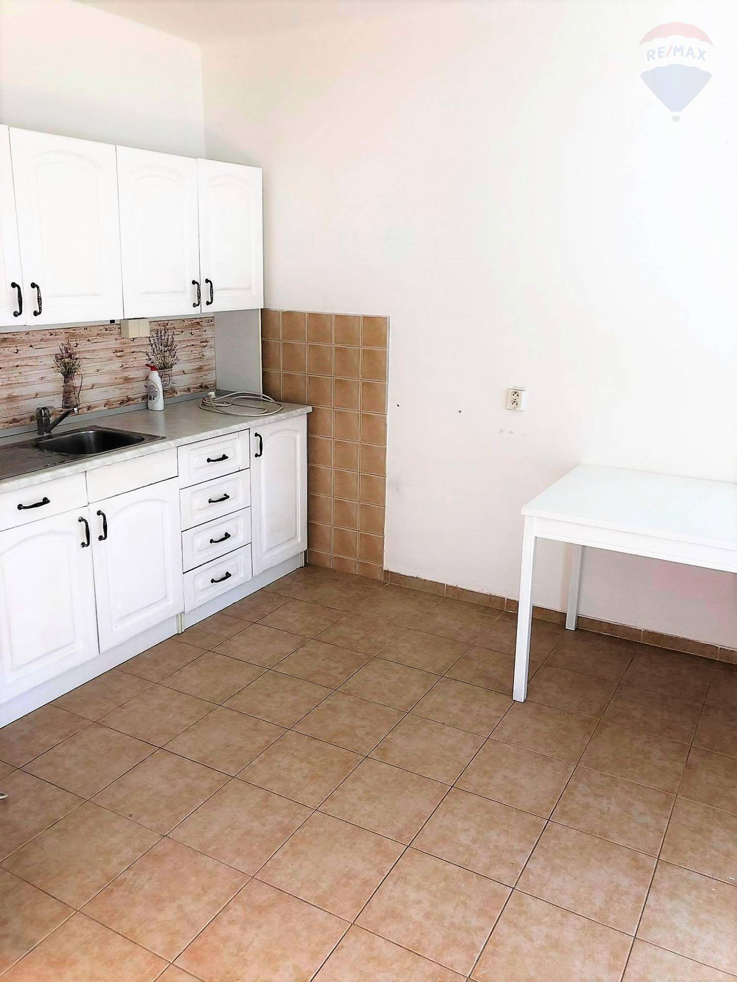 Na predaj: 1 izbový byt, Poľná ulica, Boriny, Dunajská Streda