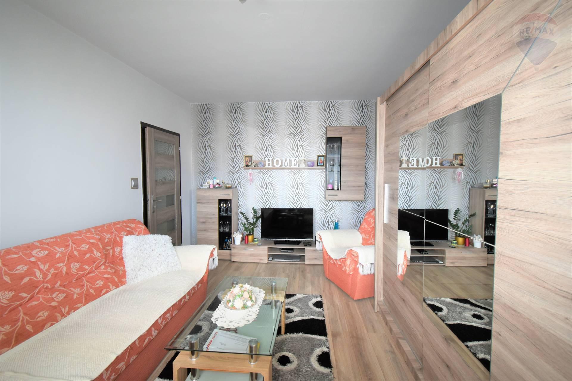 Predaj 1 izbového bytu v Dunajskej Strede, 39 m2, balkón, Nová Ves, po rekonštrukcií