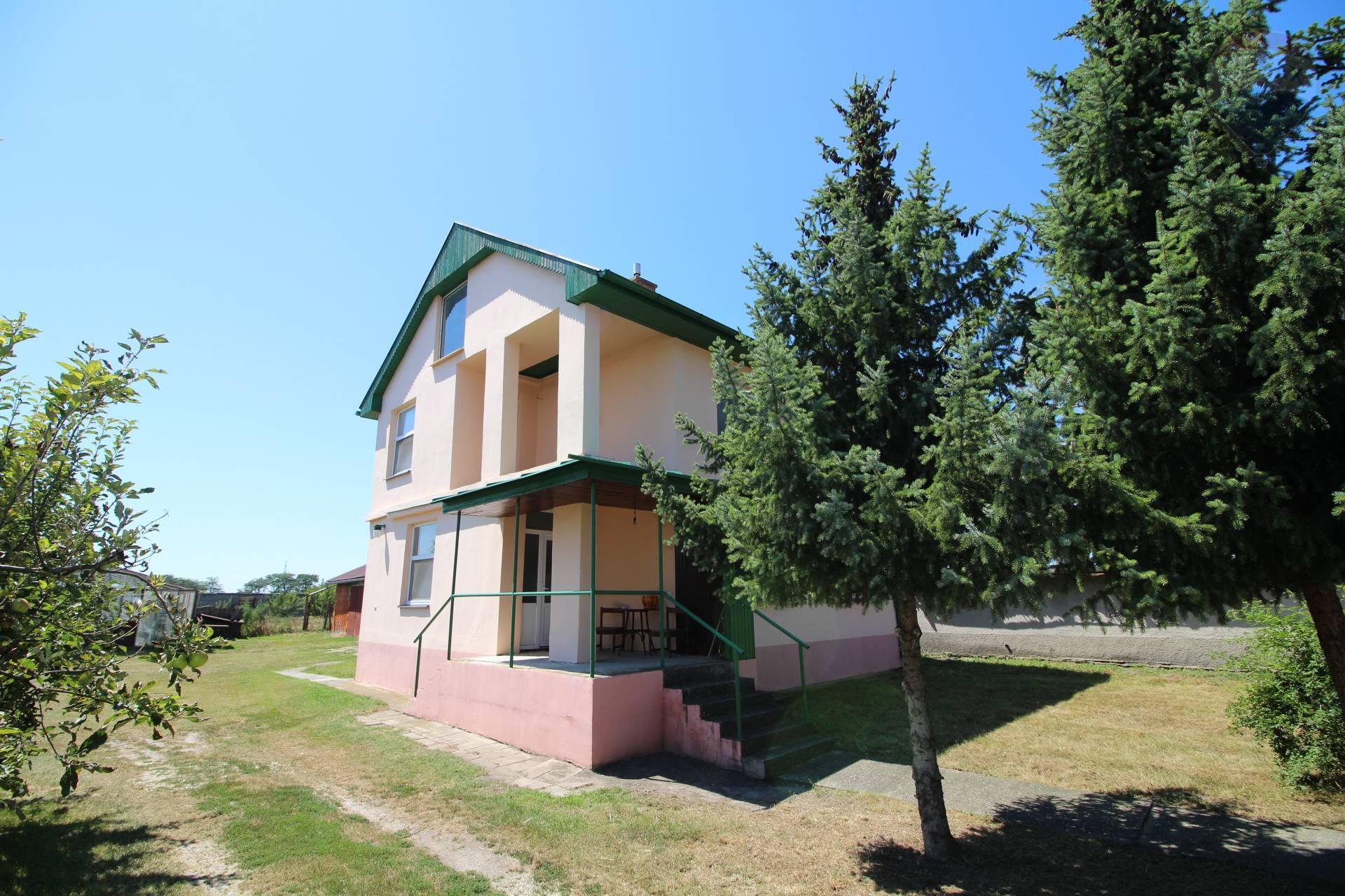Predaj: 5-izbový rodinný dom, čiastočná rekonštrukcia, Dolný Štál, okres Dunajská Streda