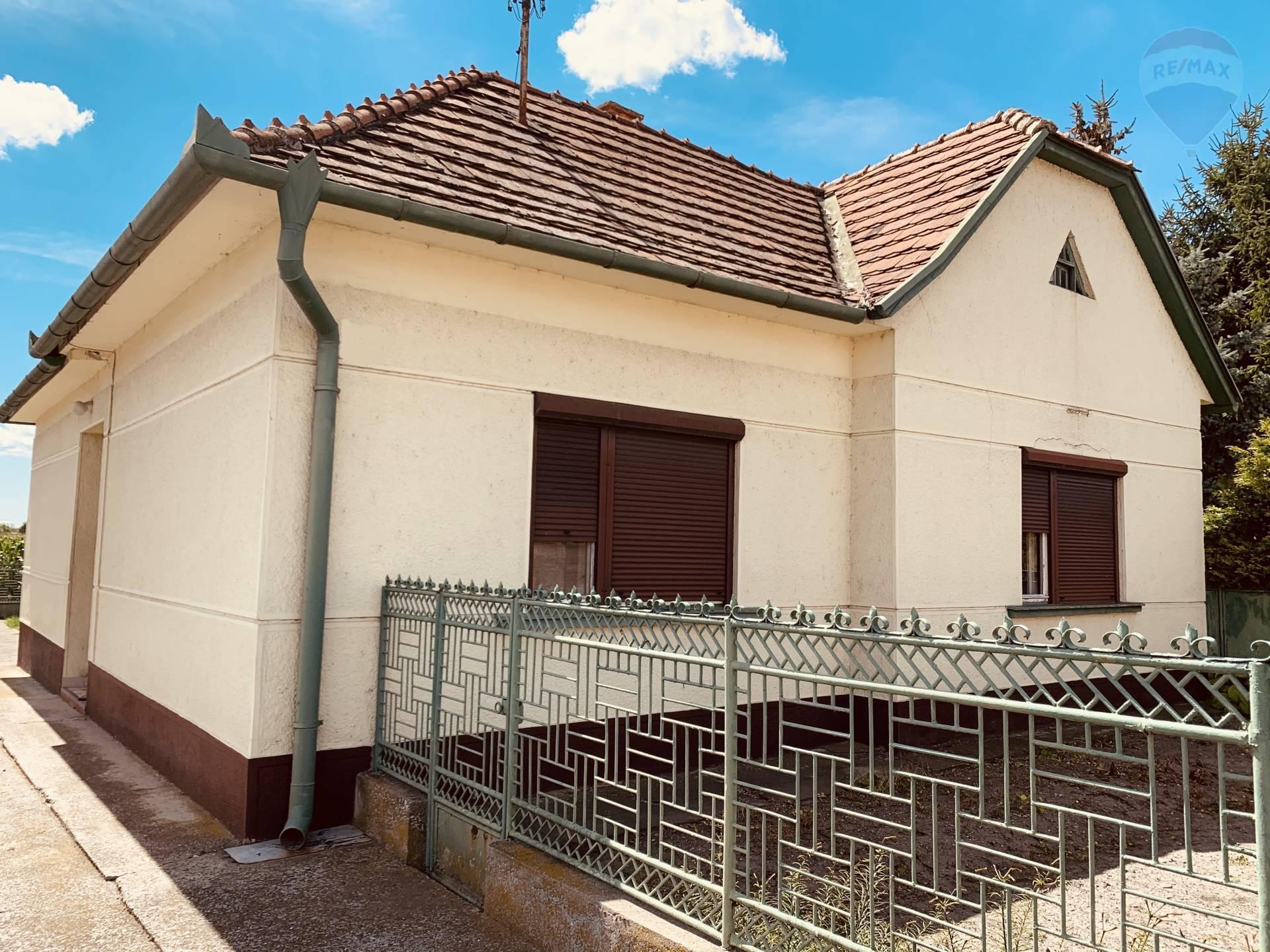 Predaj: 4 izbový rodinný dom, veľký pozemok, 2500m2, Kútniky, okres Dunajská Streda
