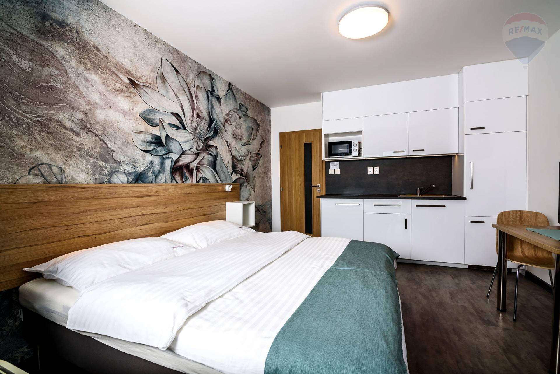 Na predaj 1 izbový byt, 25 m2, terasa, vlastné parkovisko, Veľký Meder