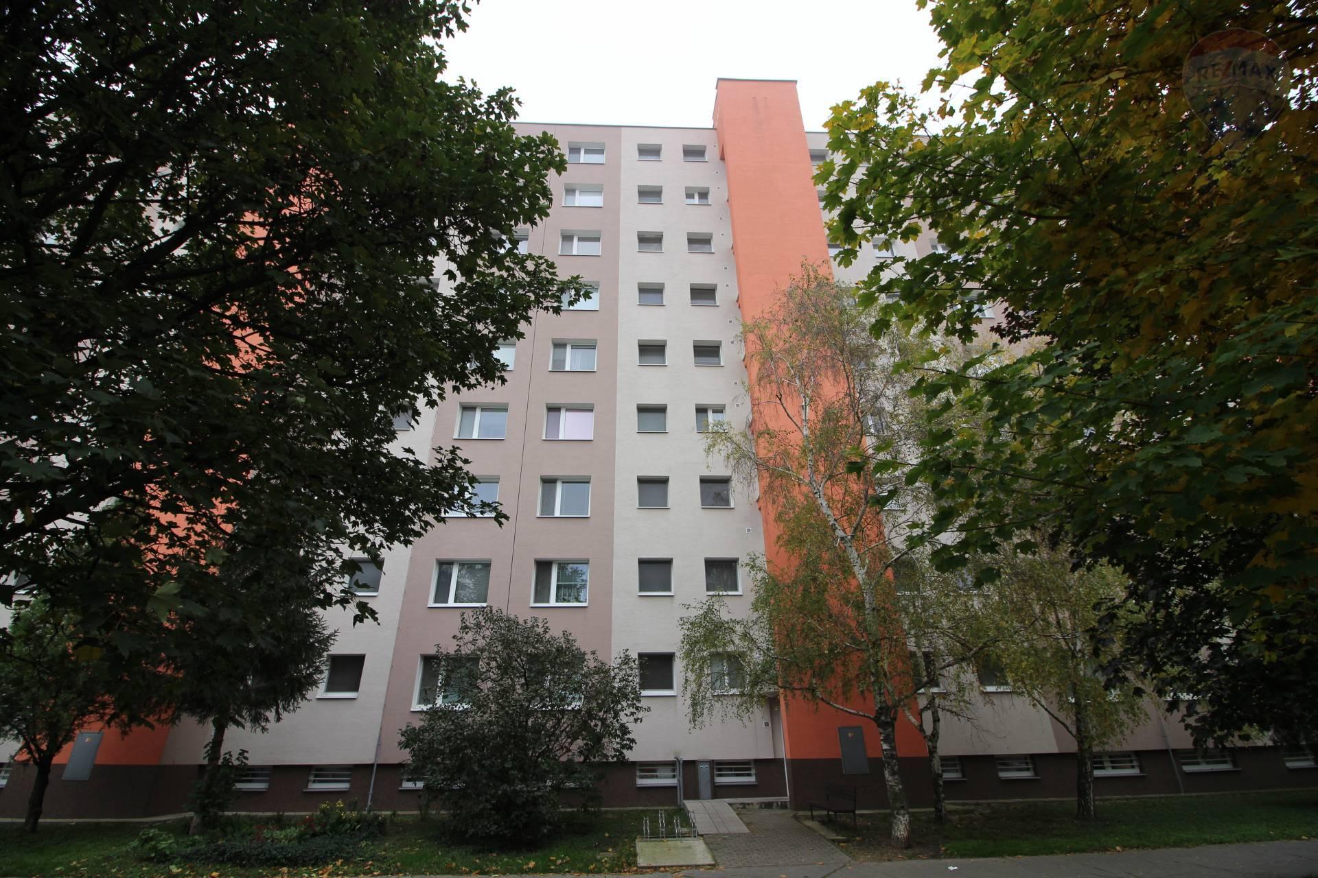 Prenájom: 3-izbový byt, Rybárska ulica, Šamorín