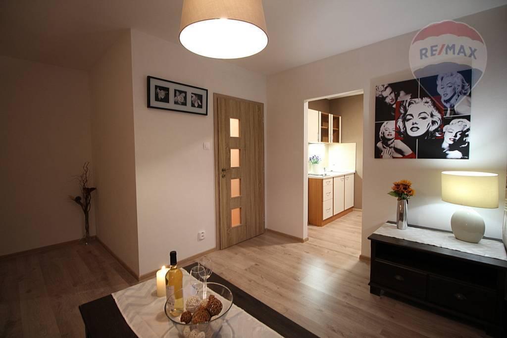 PRENÁJOM: 1 izbový byt, zariadený, Martin Jahodníky