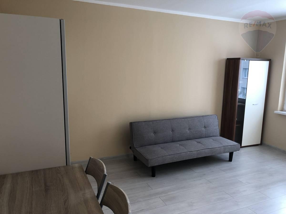 Prenájom bytu (1 izbový) 36 m2, Martin - PRENÁJOM:1.izb.byt Martin - Sever, Dušan Stančík