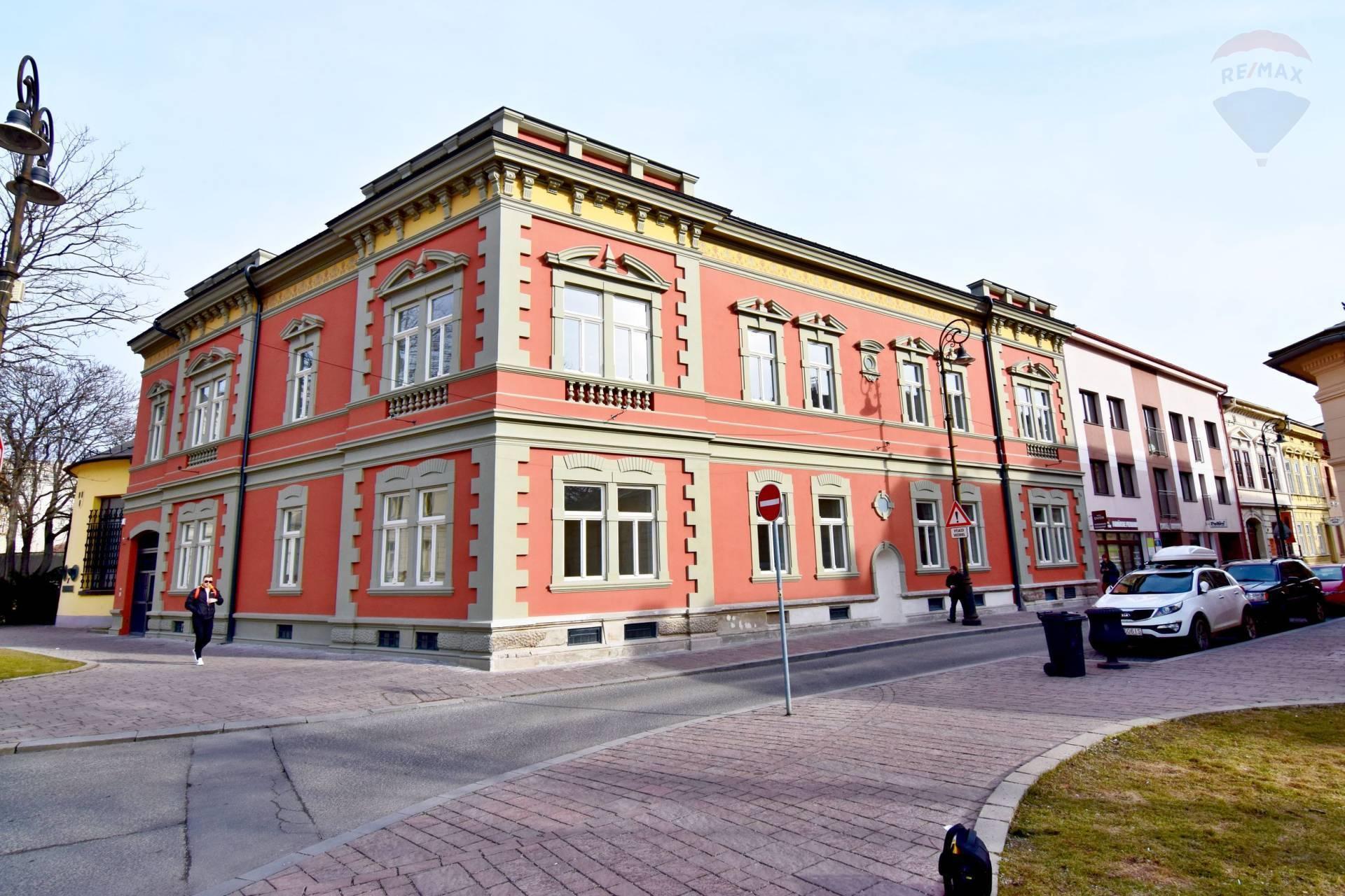 Budova na prenájom v centre mesta, 1335 m2