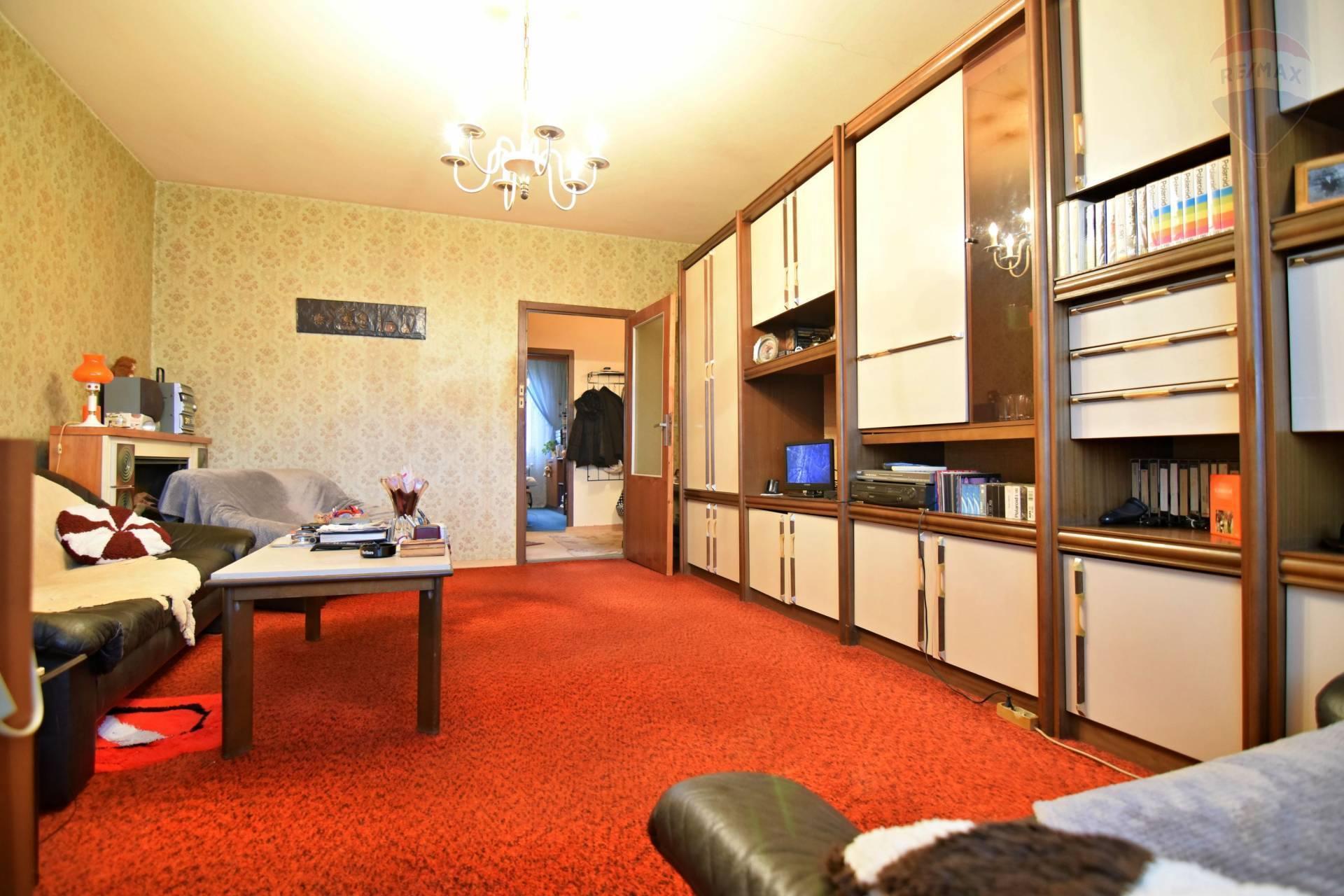 ***REZERVOVANE*** 4 izb. byt 82 m2 na Terase, Pôvodný stav, 5/8 p., ul. Bernolákova