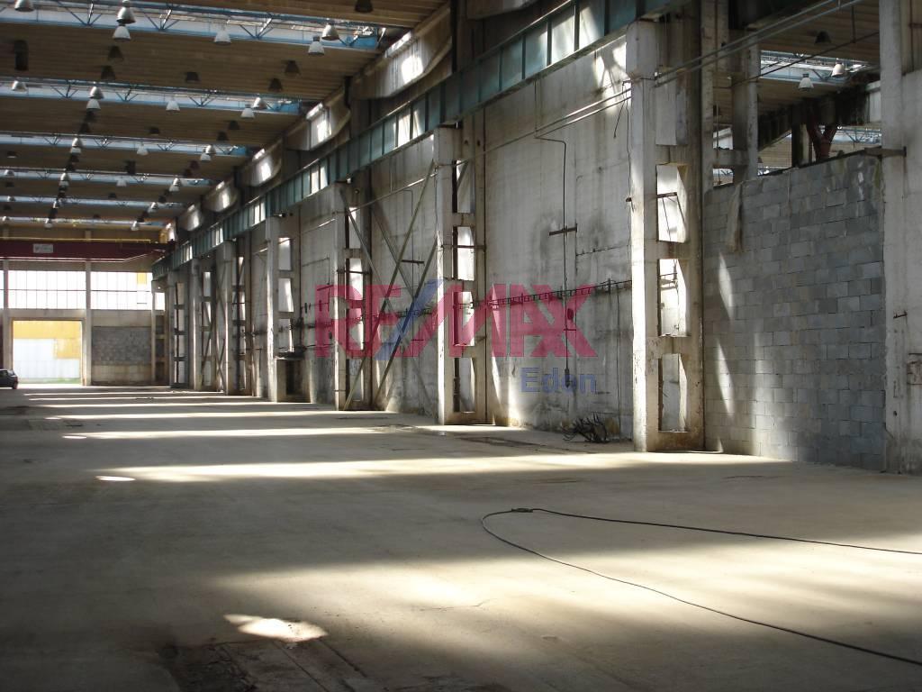 Predaj komerčného objektu 2540 m2, Michalovce - priemyselná hala