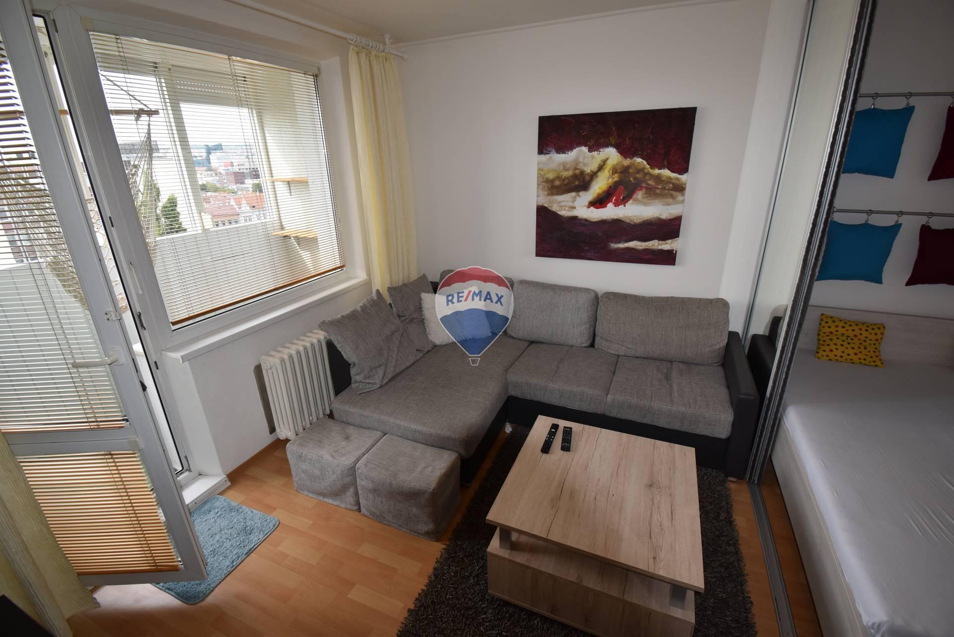 1 a 1/2 izbový byt na prenájom v blízkosti centra mesta
