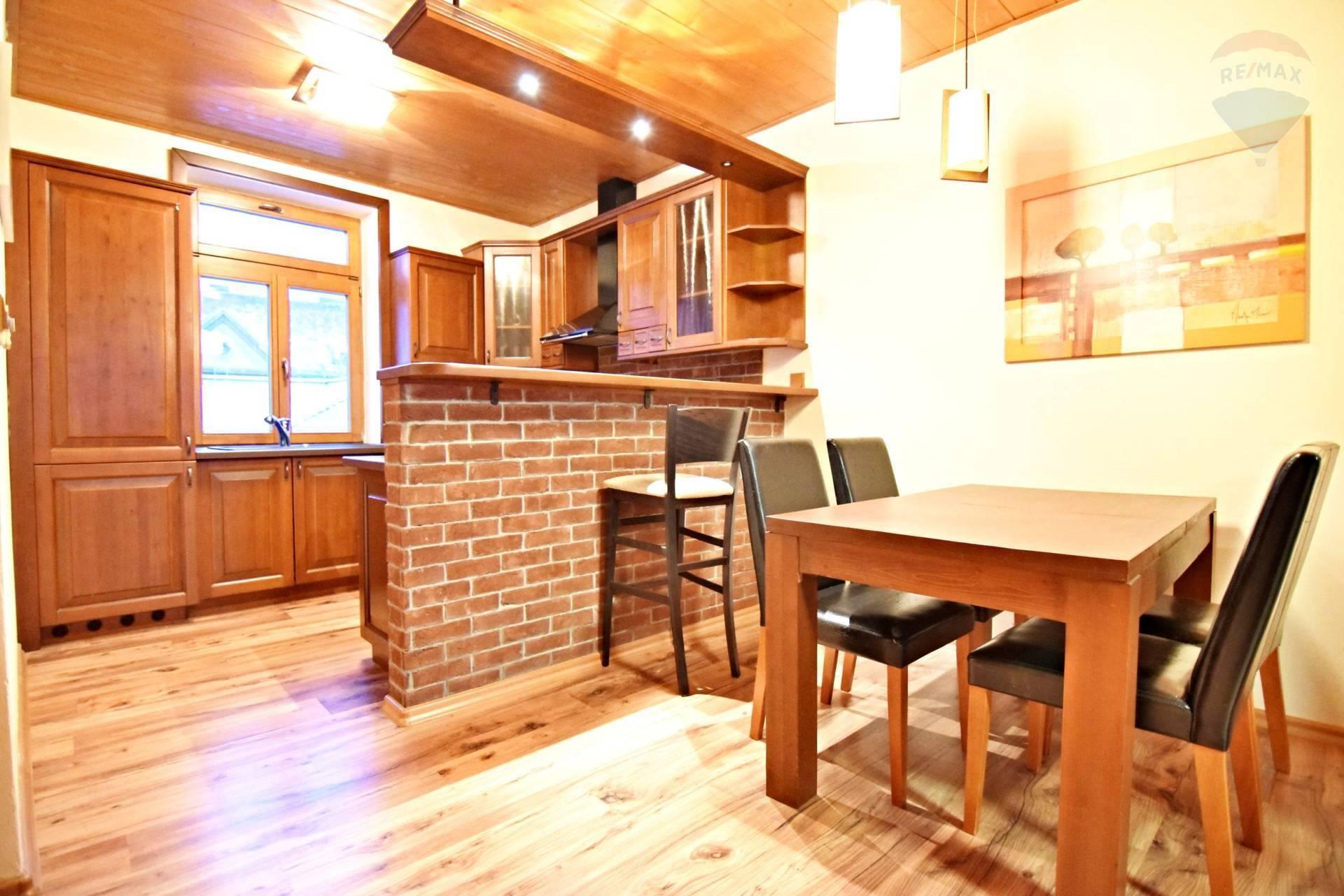 Priestranný 3 izb. byt, 115 m2 v centre, ul. Kovacska