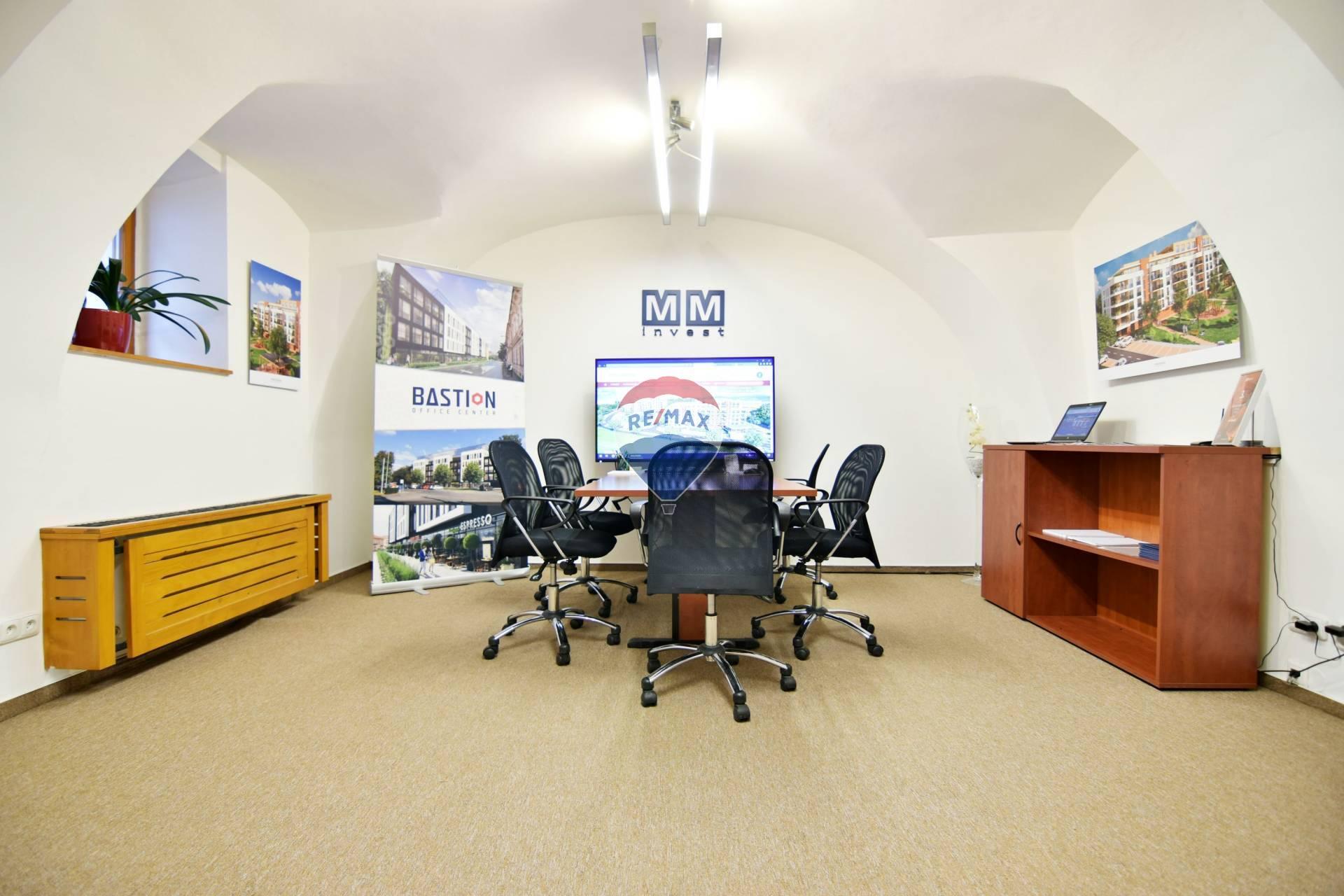 Exkluzívne kancelárske priestory v centre Košíc, 57 m2, ul. Kováčska