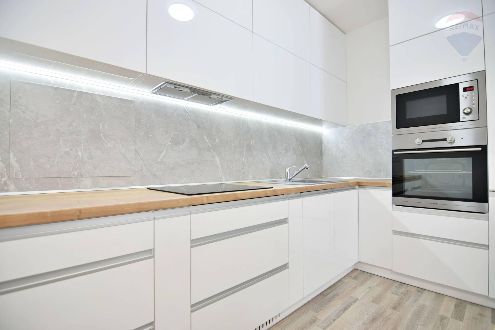 Prenájom bytu (2 izbový) 66 m2, Košice - Západ - 2 izbovy byt na prenajom Kosice