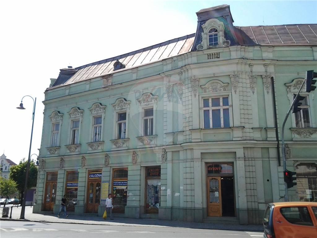 Komerčná budova na predaj Lučenec