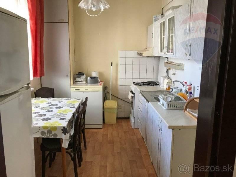 Predaj bytu (3 izbový) 74 m2, Rimavská Sobota -