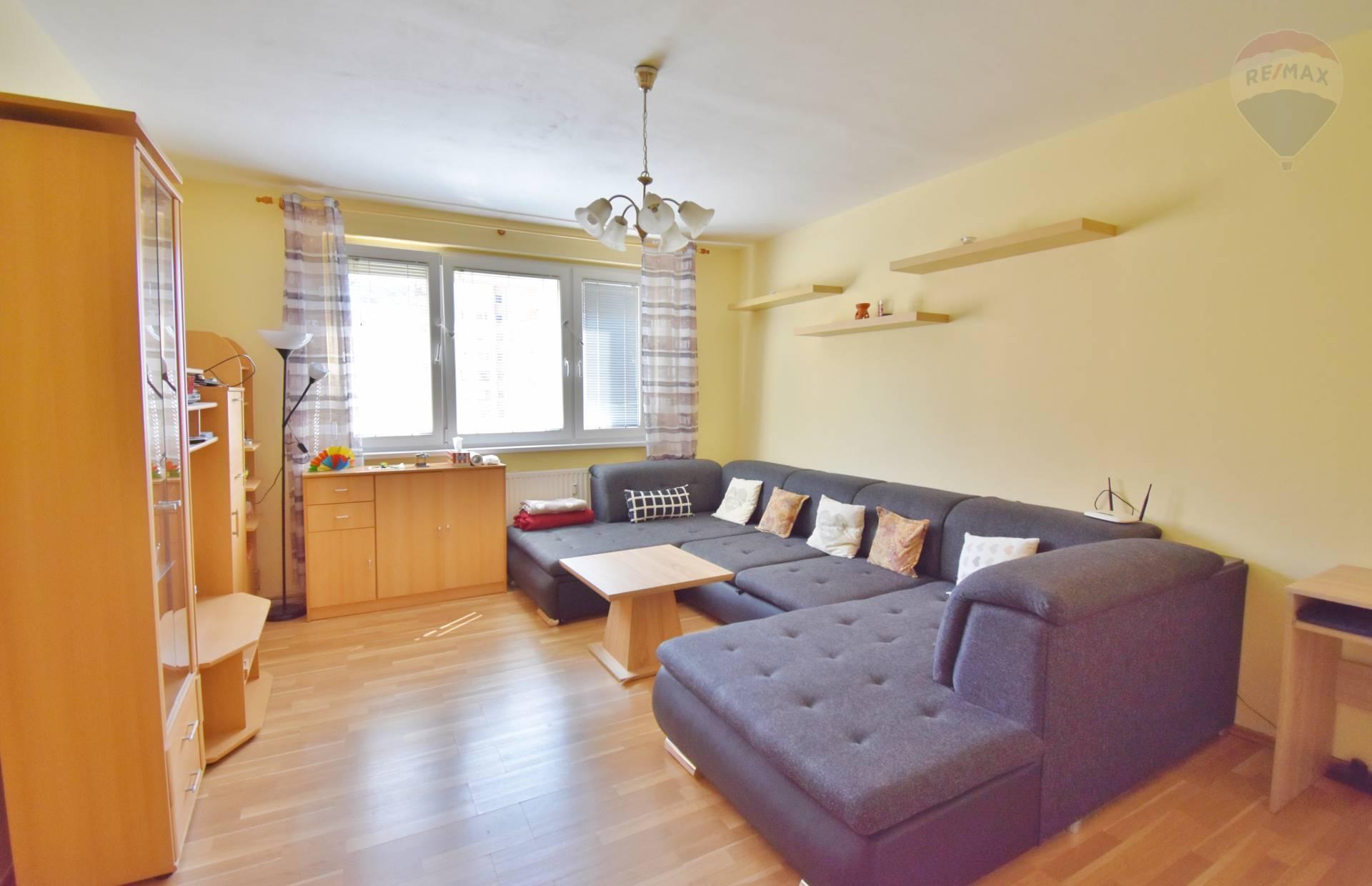 Predaj 3 izbový byt, 71,8 m2, Eisnerova ulica, Bratislava - Devínska Nová Ves, Loggia