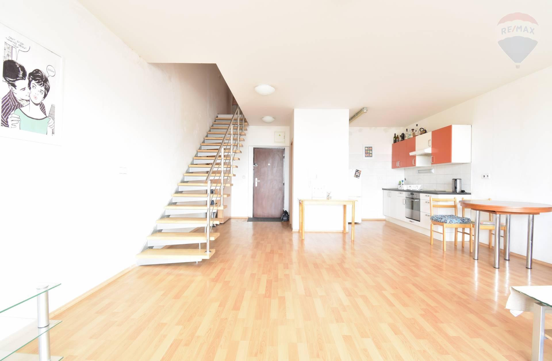Prenájom 4 izbový byt - mezonet, 125 m2, Tomášikova ulica, Koloseo, Bratislava Nové Mesto